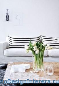 Интерьер спальни в роскошном белом цвете