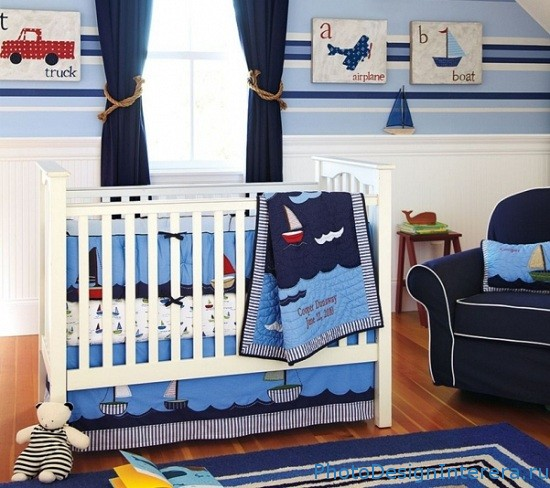 Чем украсить детскую комнату фото?