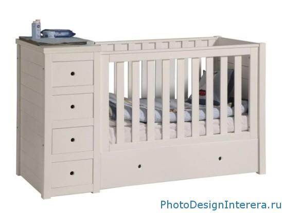Как выбрать практичную детскую кроватку?