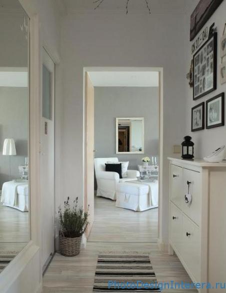 Дизайн интерьера прихожей и гостиной с буквами фото