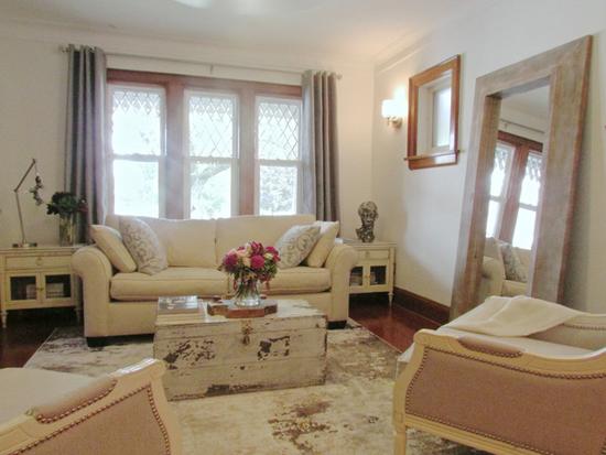 Интерьер гостиной в стиле Прованс: фото