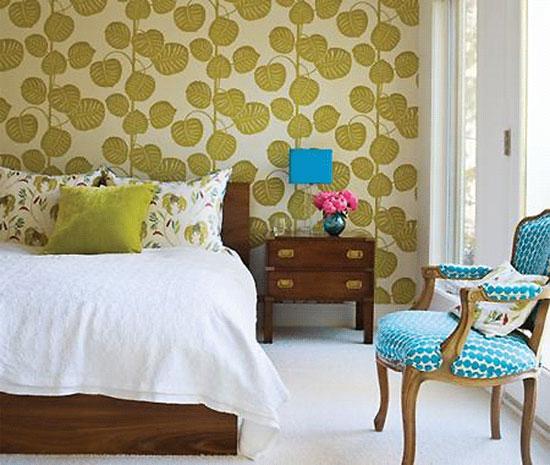 Комбинированные обои в спальне: секреты удачого применения