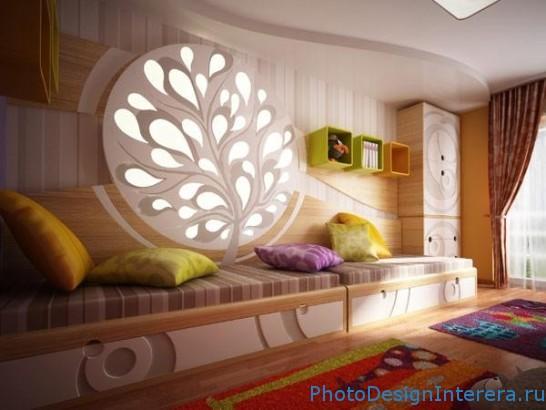 Идеи как можно красиво украсить входную дверь
