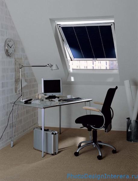 Домашний офис на чердаке фотографии