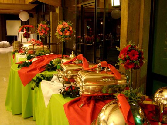 Оформление фуршетного стола своими руками: на день рождения или на свадьбу