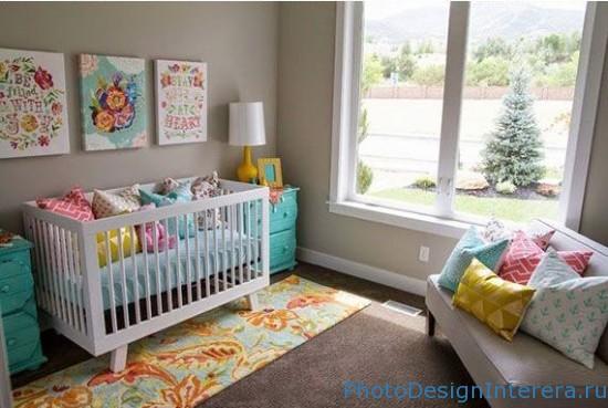 Двухрамное окно в детской комнате