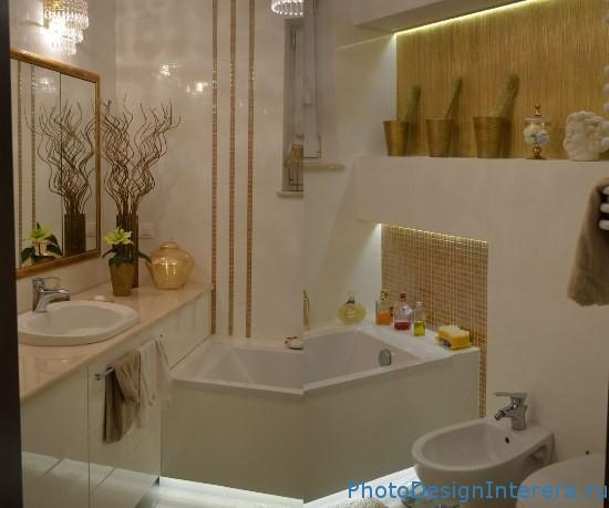 Использование зеркальной плитки в ванной комнате