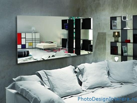 Как увеличить гостиную при помощи зеркала?